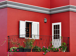 Dulux previously painted exterior walls for Best color to paint walls when selling a house